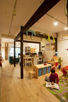 リフォーム・リノベーション会社:スタイル工房「N邸・大人も子どもも元気にワクワク遊ぶ家」 Study Space, Japanese House, Kid Spaces, Kidsroom, Interior And Exterior, New Homes, House Design, Architecture, Furniture