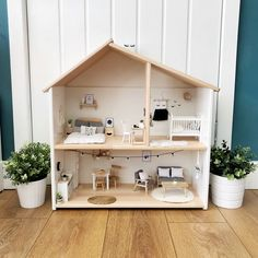 Pretty Little Minis - modern dollhouse furniture and decor for sale - Puppenhaus DIY - Doll House Ikea Dollhouse, Wooden Dollhouse, Victorian Dollhouse, Dollhouse Dolls, Modern Dollhouse Furniture, Retro Furniture, Furniture Ideas, Rustic Furniture, Outdoor Furniture
