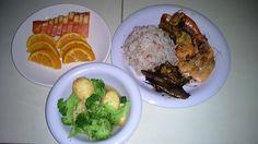 Menu sahur hari ke 3 Nasi beras merah, ikan bakar, udang goreng, tumis tofu brokoli