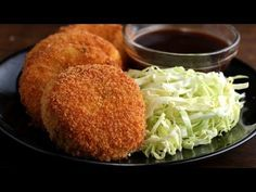 Learn how to make ham and cheese croquettes according to Japanese style Here is what& The post Japanese-style ham and cheese croquettes (Korokke) appeared first on Recipe book. Croquettes Recipe, Potato Croquettes, Croquettes Mozzarella, Food Network Recipes, Cooking Recipes, Cooking Broccoli, Cooking Fish, Appetizer Recipes, Coleslaw