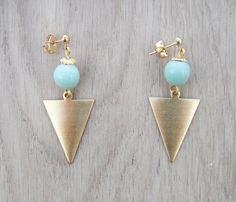 Coucou Suzette // Triangle dangle earrings / Hipster earrings / bib earrings / Boho boucles d oreilles triangle / Elegant earrings triangle jewelry tribal