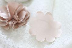 do it yourself divas: DIY: Satin and Tulle Ruffle Flower Hair Piece