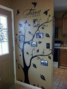рисунок дерево на стене