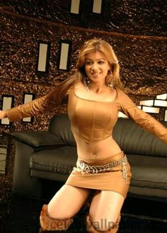 Sexy Unseen Indian girls pic: The Biggest Boobs Bollywood Actress Ayesha Takia