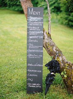 chalkboard wedding and menu signs www.weddingchicks...