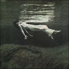 Stunning image from an Bill Evans/Jim Hall LP cover. Album title: Undercurrent. Photo: Toni Frisell.