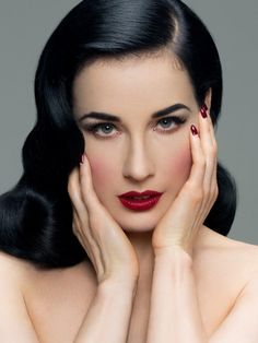 Classic Pin Up makeup worn so well by Miss Dita. Does this inspire you?