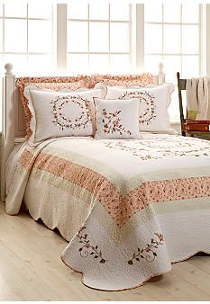 11 best bedspreads images bed covers quilts bed linens rh pinterest com