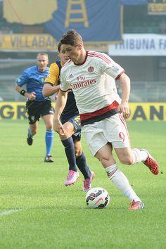 Fernando Torres Photos: Hellas Verona FC v AC Milan - Serie A