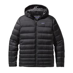 The Patagonia Men's Hi-Loft Down Sweater Hoody delivers exceptional comfort and warmth to soften winter's hard edge. Insulated with 100% Traceable Down.