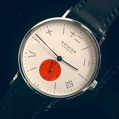Nomos watches have a nice clean style. I just found this one: the chinese number dial. Patek Philippe, Cool Watches, Watches For Men, Wrist Watches, Men's Watches, Hublot Watches, Simple Watches, Ladies Watches, Pocket Watches