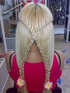 looks cool, but hard to do -- i will try to accomplish it Long Braided Hairstyles, Gothic Hairstyles, Fancy Hairstyles, Wig Hairstyles, Beautiful Hairstyles, Hairdos, Drawing Hairstyles, Love Hair, Great Hair