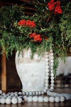 Gorgeous Christmas Design by Sweet Meadow Farm // Photo: Anna Howard Studios