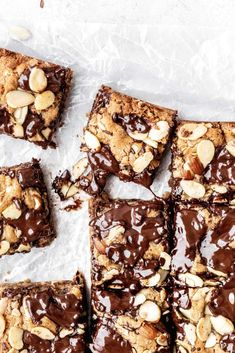 These gluten free almond chocolate chip cookie bars are also dairy free! They're the chewiest gluten free cookie bars you'll ever have. Caramel Chocolate Chip Cookies, Salted Caramel Chocolate, Chocolate Caramels, Gluten Free Chocolate, Almond Chocolate, Gluten Free Desserts, Dessert Recipes, Bar Recipes, Kitchen Recipes