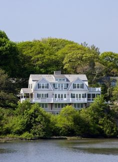 Southern New England Home, Cohasset by riczkho