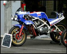 Honda Bol d'Or : Non standard Suzuki Motorcycle, Moto Bike, Cafe Racer Motorcycle, Motorcycle Design, Bobber, Honda Bikes, Honda Cb, Chopper, Cafe Bike
