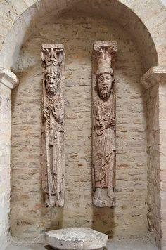 Abbaye Saint-Philibert - Tournus, Saône-et-Loire (France) – Crédit Photo: Morio60 via Flickr