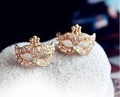 Fashion Rhinestone Mask Stud Earrings