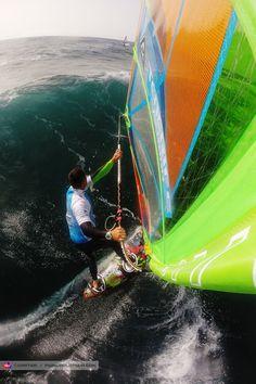 Dario sets up, Tenerife, 2014
