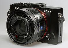 Sony Cybershot DSC-RX1 mit Vollformat Sensor und 35 Millimeter Festbrennweite.   Lesen Sie den vollständigen Test auf  www.ralfs-foto-bude.de/kameratest/kamerahersteller/sony/s...     http://www.azoda.vn/