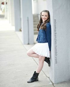 Anyone else luv this pic? Dance Moms Dancers, Dance Moms Girls, Girl Photo Shoots, Girl Photos, Dance Moms Kendall, Seven Super Girls, Kendall K Vertes, Young Celebrities, Dance Outfits