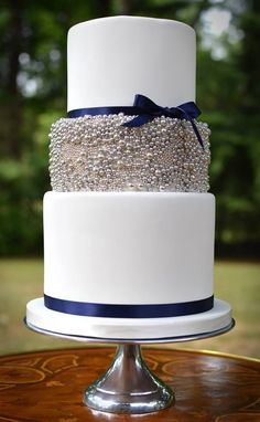 25 Wedding Cake Inspiration with Striking Color and Details: Featured Wedding Cake: But a Dream Custom Cakes Pretty Cakes, Beautiful Cakes, Amazing Cakes, Wedding Cake Inspiration, Wedding Ideas, Mod Wedding, Navy Wedding Cakes, Navy Blue Wedding Shoes, Navy Silver Wedding