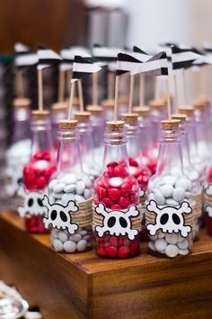 ¡Fiesta Pirata! Pirate Kids, Pirate Halloween, Pirate Day, Pirate Birthday, Pirate Theme, First Birthday Party Themes, Birthday Party Centerpieces, Boy Birthday Parties, Pirate Centerpiece