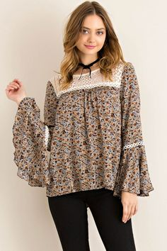 Lace-Up Detailed Back Floral Peasant Blouse