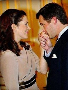 It's 12 years since Mary and Frederik officially got engaged today Crown Prince Frederik and crown princess Mary at their engagement on October 8th 2003. Mary Donaldson's engagement ring from Crown Prince Frederik is in the colors of the Danish flag: an emerald cut diamond flanked by emerald cut rubies.