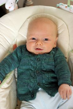 Top down baby sweater - free pattern on Ravelry. 3-24 months