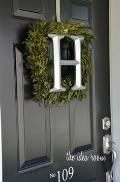 DIY Initial Boxwood Front Door Wreath tutorial | theidearoom.net