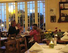 Victorian Corner Restaurant For Dining In Pacific Grove California Near Monterey Www Victoriancornerpg
