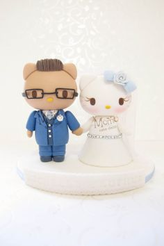 Hey, I found this really awesome Etsy listing at https://www.etsy.com/listing/186280150/hello-kitty-wedding-cake-topperhello
