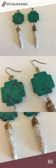 Romancing the Stone Earrings Only worn once ✨ Jewelry Earrings