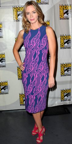 At Comic-Con, Emily Blunt stood out in a navy-and-pink printed scuba Wes Gordon sheath dress that she paired with fuchsia Rupert Sanderson heels.