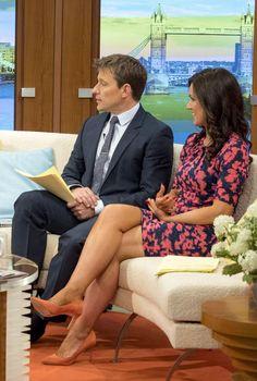 Susanna Reid flashes legs in tight dress on Good Morning Britain Susanna Reid Legs, Susana Reid, Celebrity Boots, Good Morning Britain, Tv Girls, Sexy Legs And Heels, Pantyhose Legs, Tv Presenters, Great Legs