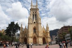Bogotá - Iglesia de Lourdes