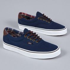 8ead627bf4 Dark blue vans with leather back and round brown laces