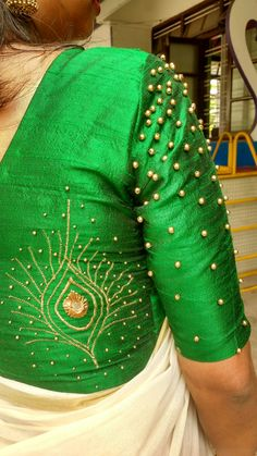 Five Best Saree Blouse Designs – Fashion Asia Hand Work Blouse Design, Simple Blouse Designs, Fancy Blouse Designs, Blouse Neck Designs, Aari Work Blouse, Kerala Saree Blouse Designs, Indian Blouse Designs, Designer Blouse Patterns, Saree Design Patterns