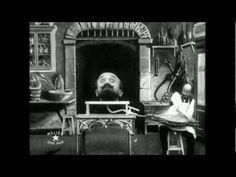 The Man With The Rubber Head (L'homme à la tête de caoutchouc) By Georges Méliès - PIPOCA COM BACON  - Invenção de Hugo Cabret (Hugo) 2012 #AInvençãoDeHugoCabret #BrianSelznick #CloeMoretz #GeorgeMelies #HugoCabret #livro #MartinScorcese #SashaBaronCohen #PipocaComBacon