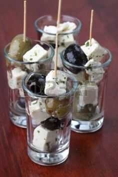 7897673-appetizers-in-small-glasses-with-black-and-green-olives-and-feta-cheese.jpg (267×400)