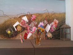 Kaartenboom Slot, Floral Wreath, Wreaths, Home Decor, The Hague, Floral Crown, Decoration Home, Door Wreaths, Room Decor