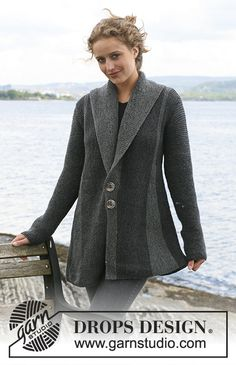 """DROPS - DROPS jacket with pleats worked from side to side in garter st in """"Karisma """". - Free pattern by DROPS DesignNordic Mart - DROPS design one-stop source for Garnstudio yarns, free crocheting and knitting patterns, crochet hooks, buttons, kn Knitting Machine Patterns, Sweater Knitting Patterns, Knitting Designs, Free Knitting, Crochet Patterns, Drops Design, Knit Jacket, Knit Cardigan, Crochet Design"""