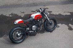 Custom Ducati 900 ss i. by Birdie Customs of Moscow Ducati Cafe Racer, Cafe Racers, Ducati 900ss, Ducati Supersport, Custom Motorcycles, Custom Bikes, Xjr, Cool Bike Accessories, Mountain Bicycle
