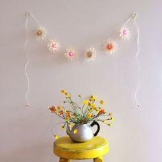 Flowerloom garland