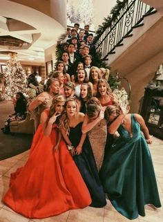 Shop A-line V-neck Satin Sweep Train Ruffles Prom Dresses UK at FansFavs. Choose from a range of Prom Dresses online. Bff Pics, Photos Bff, Cute Friend Pictures, Prom Photos, Best Friend Pictures, Prom Pics, Friend Pics, Prom Pictures Couples, Cute Friends