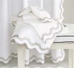 Matouk's Mirasol Towels are elegant white Cairo terry bath towels with Nocturne sateen applique details and piping. 6 applique colors. Official Matouk Retailer. Free Shipping over $150.