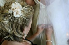 DIY flower clips I created for my bridesmaids - pearls, crystals, ribbon, fabric flowers
