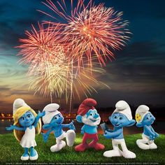 The Smurfs celebrate the Fourth of July! Cartoon Wallpaper Hd, Disney Wallpaper, Boss Wallpaper, Classic Cartoon Characters, Classic Cartoons, Smurf Village, Best Fireworks, Smurfette, Iconic Movies