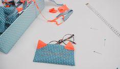 Coudre un étui à lunettes chat avec ses chutes de tissus